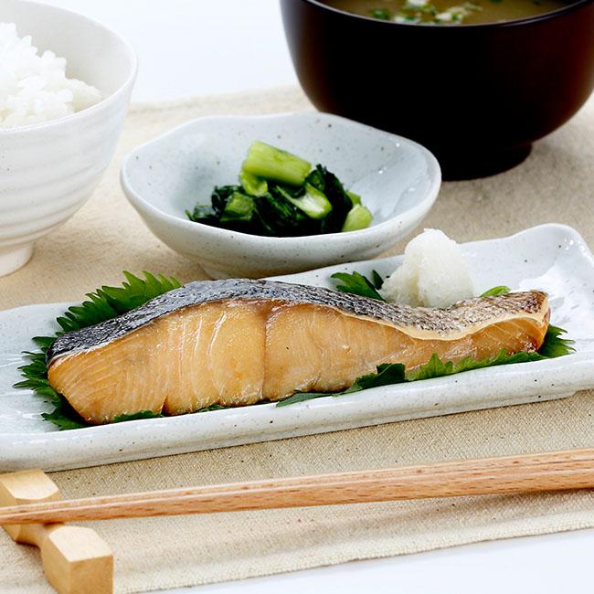 北海道産 常温保存可能な焼鮭切り身 30切れ