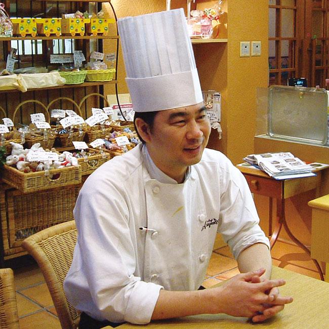芦屋シェフ・アサヤマ洋菓子工房 芦屋マンゴーパフェ