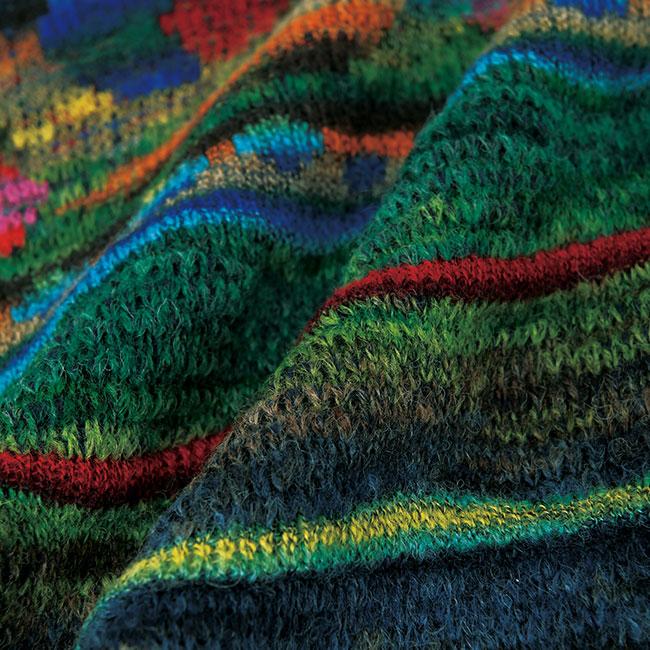 かすり糸ジャカード襟付きニットコート
