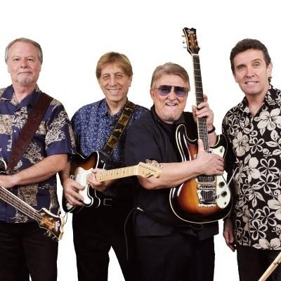 ベンチャーズ結成50周年記念 栄光のギターケースCD4枚組