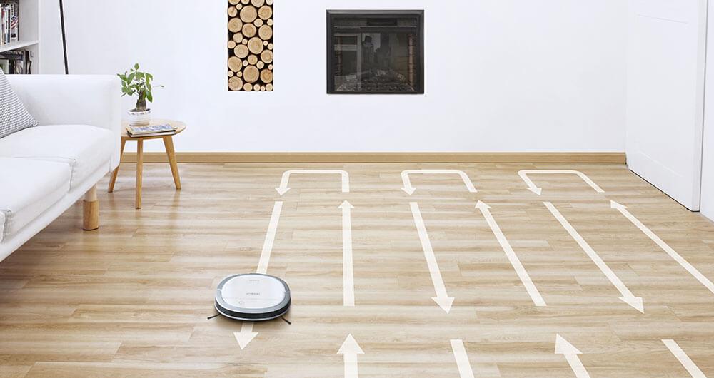 ハードフロアクリーニングモードで部屋を往復しながら掃除しているディーボットスリム15のイメージ写真
